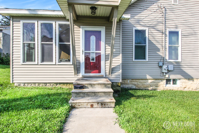 Lockport Single Family Home For Sale: 115 East 17th Street