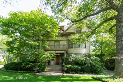 Highland Park Single Family Home For Sale: 1499 Sheridan Road