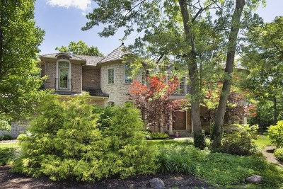 Glenview Single Family Home For Sale: 1749 East Ridgewood Lane