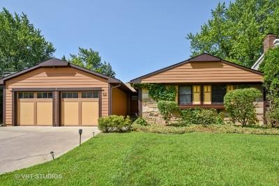 Buffalo Grove Single Family Home For Sale: 521 Castlewood Lane