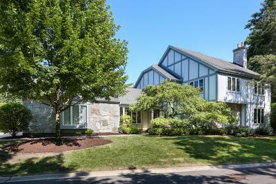 Wheaton Single Family Home For Sale: 2s025 Ironwood Lane