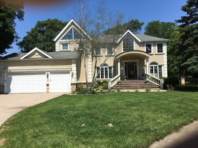 Downers Grove Single Family Home For Sale: 7504 Queens Court