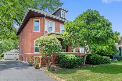 La Grange Single Family Home For Sale: 212 South Brainard Avenue