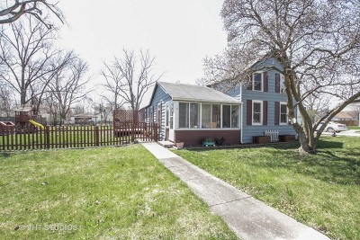 Elwood Single Family Home Contingent: 118 West Mississippi Avenue