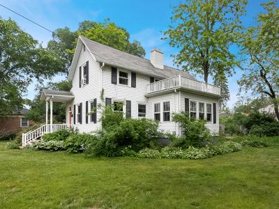 Glen Ellyn Single Family Home For Sale: 493 Geneva Road