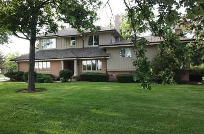 Oak Brook Single Family Home For Sale: 2 Croydon Lane