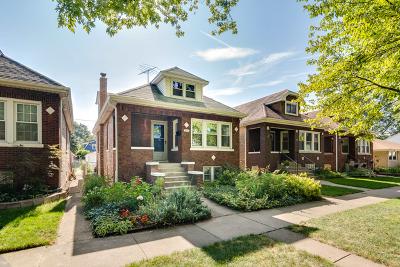 Brookfield Single Family Home For Sale: 3831 Morton Avenue