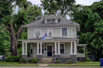 Elgin Single Family Home New: 422 Summit Street