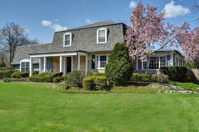 Northbrook Single Family Home For Sale: 1316 Glenoak Lane