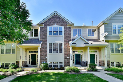 Arlington Heights Condo/Townhouse For Sale: 2806 North Greenwood Avenue