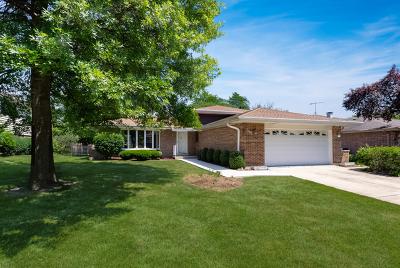 Darien Single Family Home New: 7769 Danbury Drive