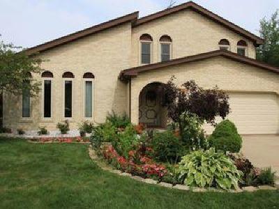 Glenview Single Family Home For Sale: 1030 Bette Lane