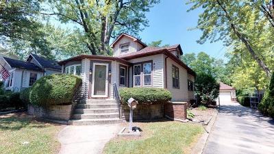 Glen Ellyn Single Family Home For Sale: 200 Hill Avenue