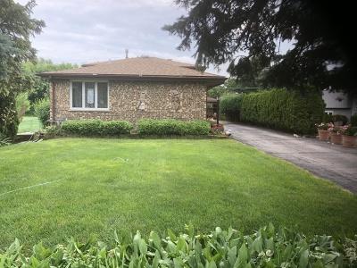Mount Prospect Single Family Home For Sale: 1725 East Kensington Road