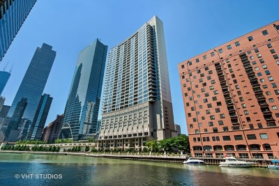 Condo/Townhouse Price Change: 333 North Canal Street #2804