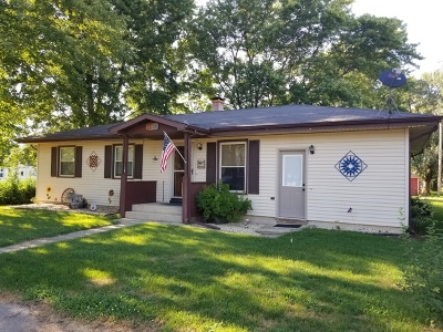 Ogle County Single Family Home For Sale: 108 West 2nd Street