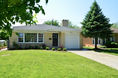 Lincolnwood IL Single Family Home New: $476,000
