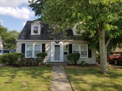 Elgin Single Family Home New: 1069 South Street