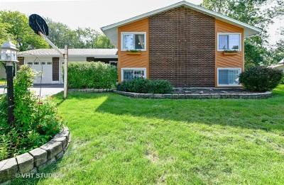 Woodridge Single Family Home Price Change: 2621 Diamond Court