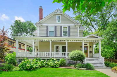 Hinsdale Single Family Home For Sale: 218 East Hickory Street