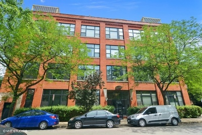 Condo/Townhouse For Sale: 1259 North Wood Street #403