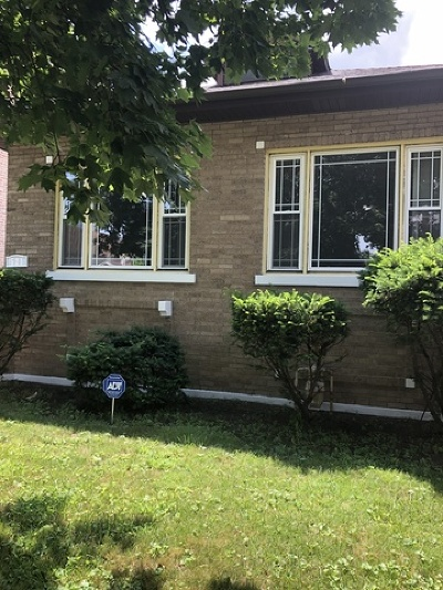 Single Family Home Re-Activated: 721 East 89th Place