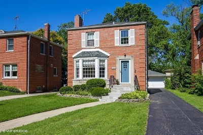 Chicago IL Single Family Home New: $324,900