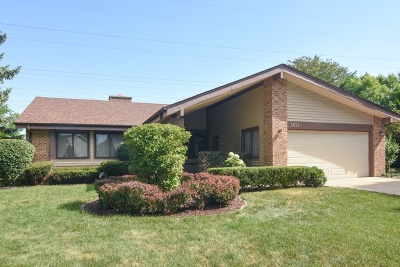 Arlington Heights Single Family Home New: 1612 West Canterbury Court