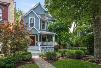 Oak Park Single Family Home For Sale: 210 Clinton Avenue