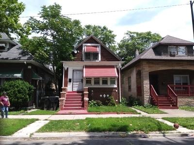 Single Family Home New: 7621 South Eberhart Avenue