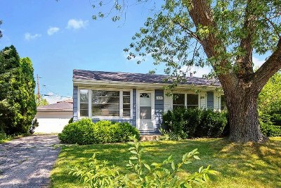 Orland Hills Single Family Home Price Change: 16709 Hilltop Avenue