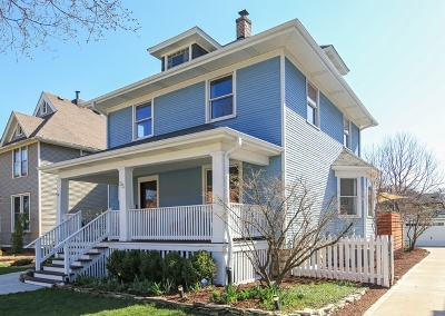 La Grange Single Family Home For Sale: 33 South Brainard Avenue