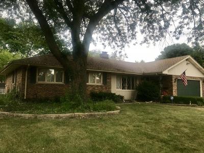 Aurora IL Single Family Home New: $240,000