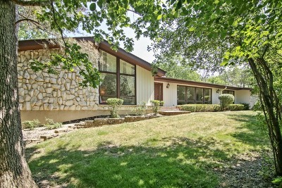 Lincolnshire Single Family Home For Sale: 4 Westwood Lane