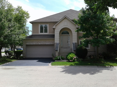 Lincolnshire Condo/Townhouse New: 6 Beaconsfield Court