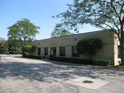 Hoffman Estates Commercial For Sale: 555 West Central Road #105