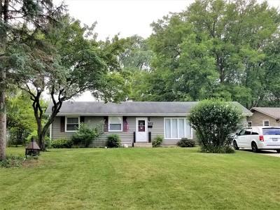 Carol Stream Single Family Home For Sale: 372 Seminole Lane
