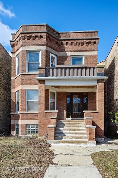 Multi Family Home For Sale: 4442 North Maplewood Avenue