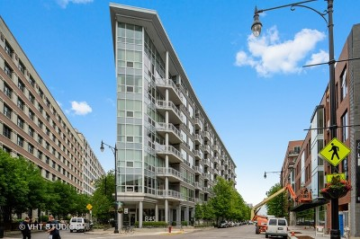 Chicago Condo/Townhouse For Sale: 845 North Kingsbury Street #708