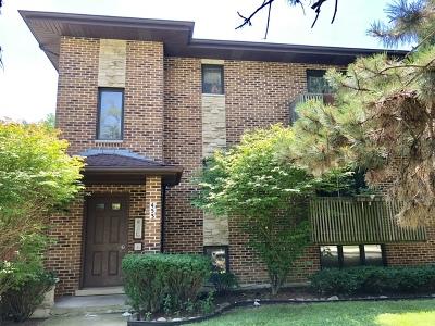 Clarendon Hills Condo/Townhouse For Sale: 453 Burlington Avenue #3