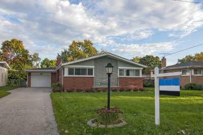 Glenview Single Family Home For Sale: 2610 William Avenue