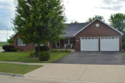 Ogle County Single Family Home For Sale: 1200 Clifton Terrace