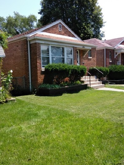 Calumet Park Single Family Home For Sale: 12611 South Throop Street
