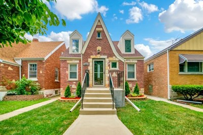 Cicero Single Family Home For Sale: 3528 South 52nd Court