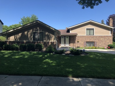 Arlington Heights Single Family Home For Sale: 2607 North Stratford Road