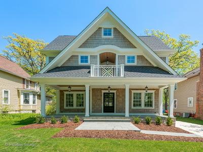 Downers Grove Single Family Home For Sale: 4933 Oakwood Avenue