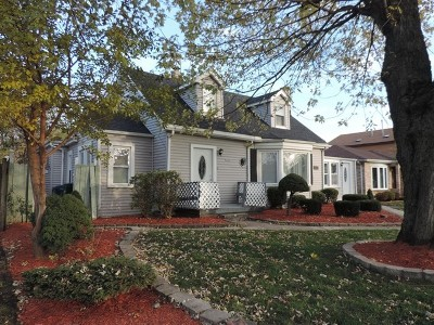 Oak Lawn Single Family Home For Sale: 9643 Marion Avenue