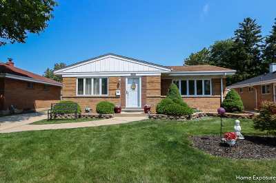 Westchester Single Family Home For Sale: 10826 Berkshire Street