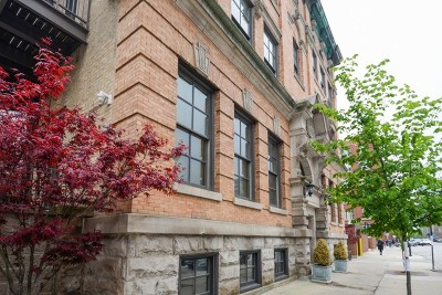 Condo/Townhouse For Sale: 319 West Erie Street #2E
