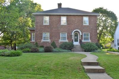 Villa Park Single Family Home For Sale: 222 South Michigan Avenue